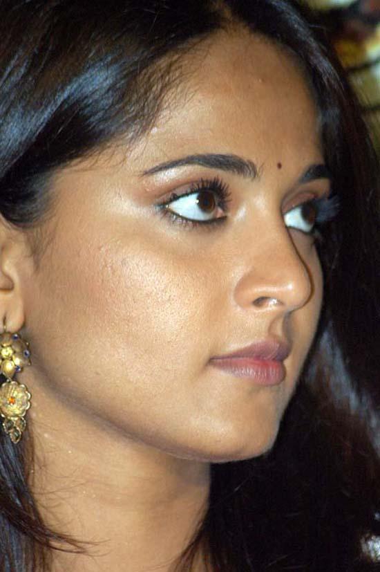 Actress Anushka Shetty Latest Oily Face Close Up Stills Tollywood Stars