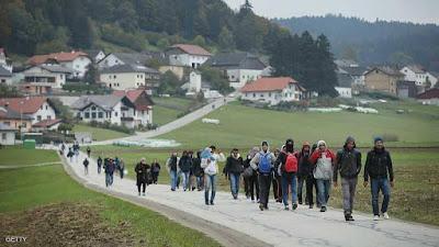 """ألمانيا تصدر """"قرارات سارّة"""" للاجئين"""
