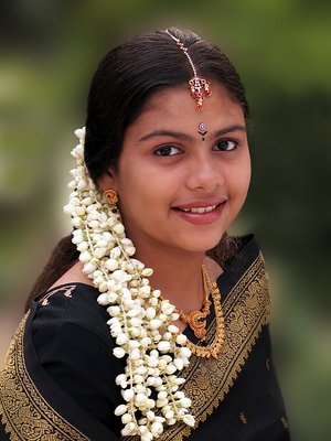 Image result for Tamil girls with jasmine flowers