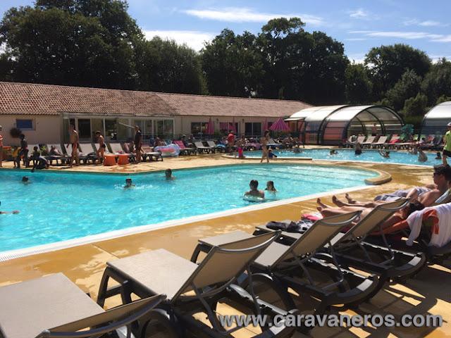 Foto de las Piscinas del Camping La Chenaie | caravaneros.com