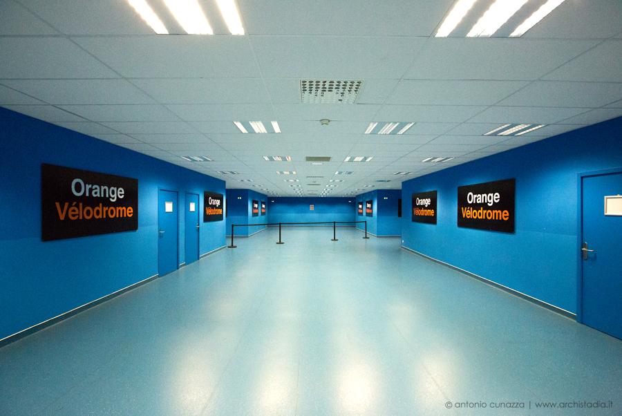 stade velodrome interno architettura marsiglia