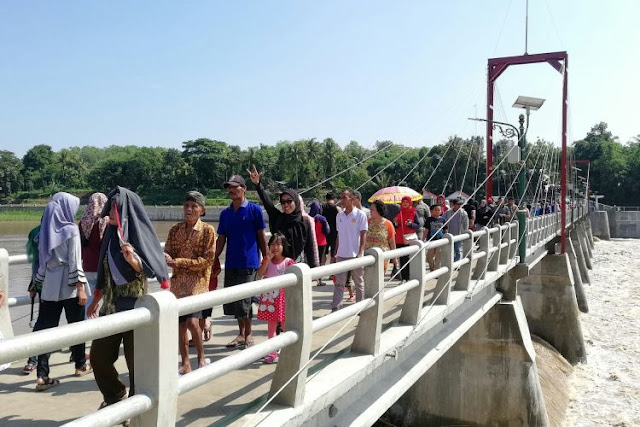 Jembatan Bendung Kamijoro Jogja