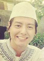 Roger Danuarta adalah seorang aktor dan penyanyi berkebangsaan Indonesia Roger Danuarta Jadi Mualaf, ini Biodata Lengkapnya