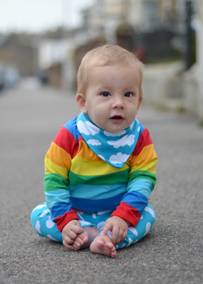 kids fashion, baby cloud print leggings, rainbow top, Lottie and Lysh, Molo
