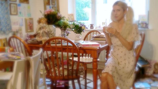 artist tea coffe home