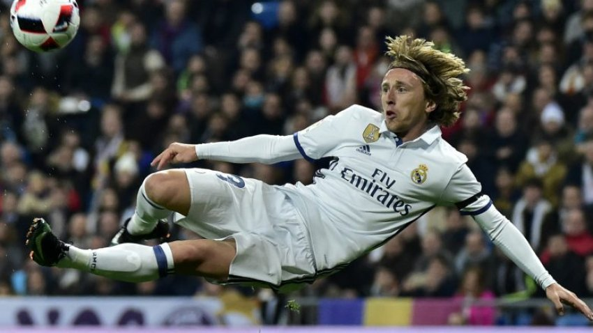 Ditendang Zidane, Modric Jadi Rebutan Dua Klub Raksasa Ini! Siapa Mereka?