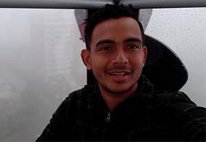 Zacky Zimah pemeran Rojak Dunia Terbalik RCTI