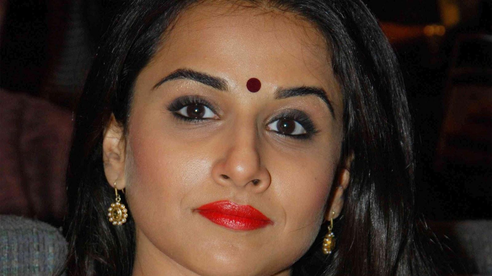 Kajal Photo Pul He Wollp: Desi Actress Vidya Balan Hot HD Photos Wallpapers
