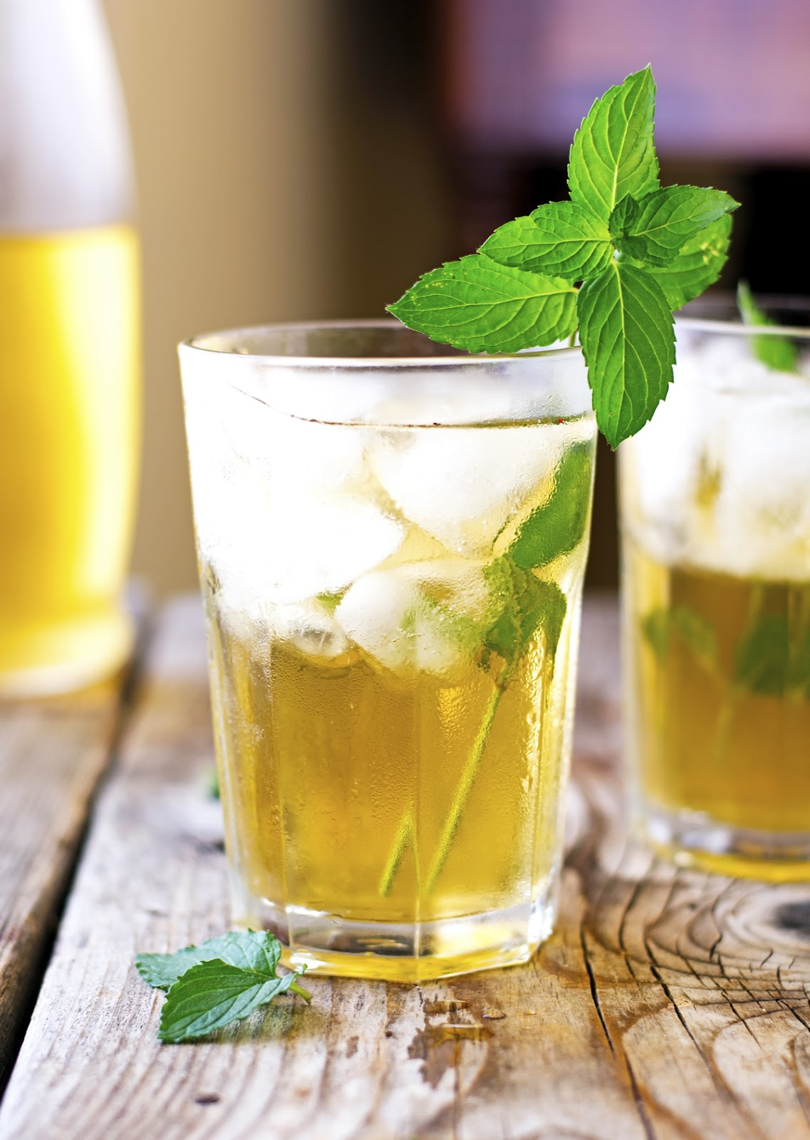 Apple-Mint Iced Tea