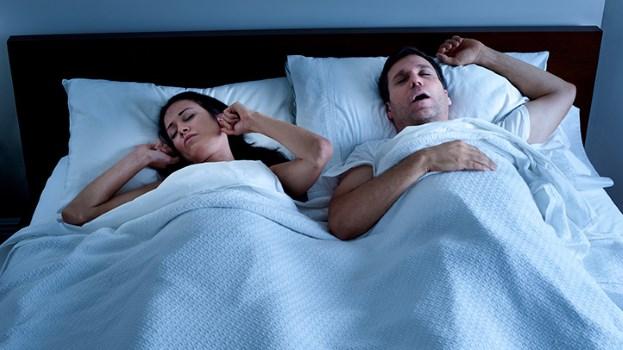 11 Risiko Kesihatan Tidur Berdengkur