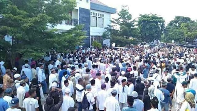 Ribuan Umat Islam Morotai Protes Dugaan Pemurtadan