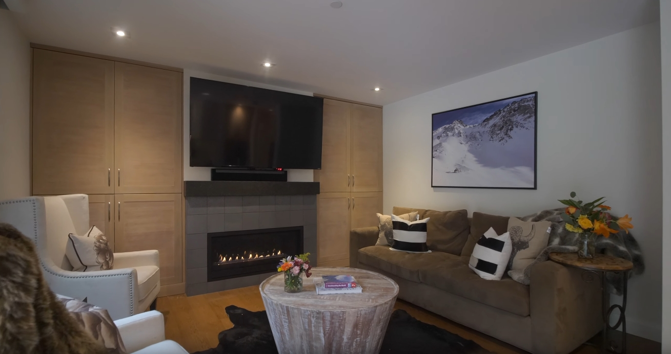 14 Photos vs. 600 Vail Valley Drive #A-6, Vail, CO vs. Condo Interior Design Tour