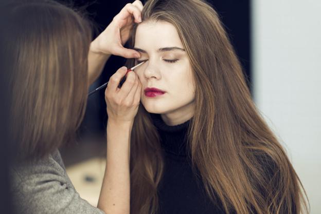 Las mejores técnicas para usar maquillaje y hacer de tus ojos un sinónimo de belleza