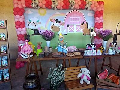 decoração festa fazendinha com bichinhos feitos por mim