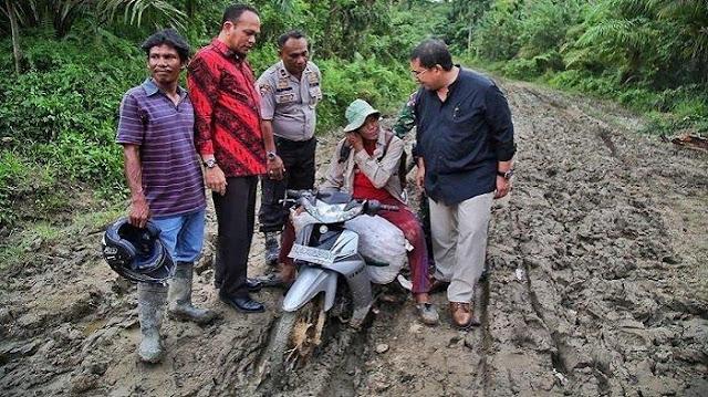 Fadli Zon: Infrastruktur Jokowi Gagal, Ekonomi Masih Didominasi Jawa