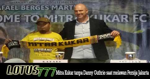 Mitra Kukar tanpa Danny Guthrie saat melawan Persija Jakarta.