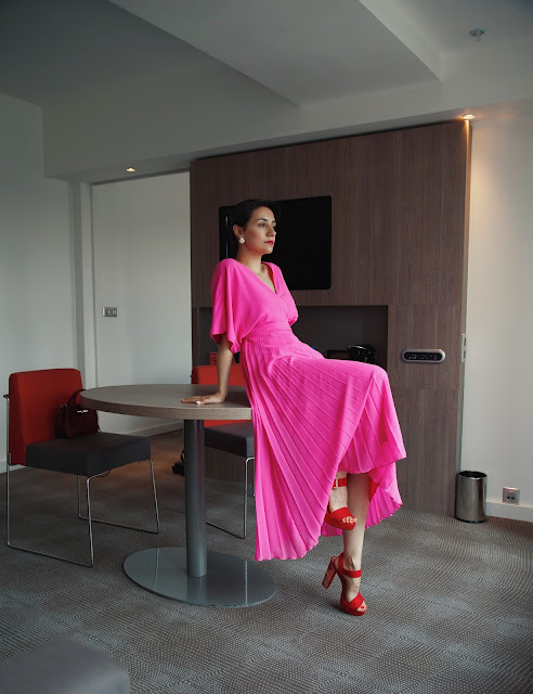 Анна Мелкумян, блог, фешн блог, fashion блогер, Москва, Москва-Сити, гостиница в Москве, платье, розовое платье, Asos, hotel in Moscow, Novotel Moscow City, Anna Melkumian, fashion blogger, russian fashion blogger