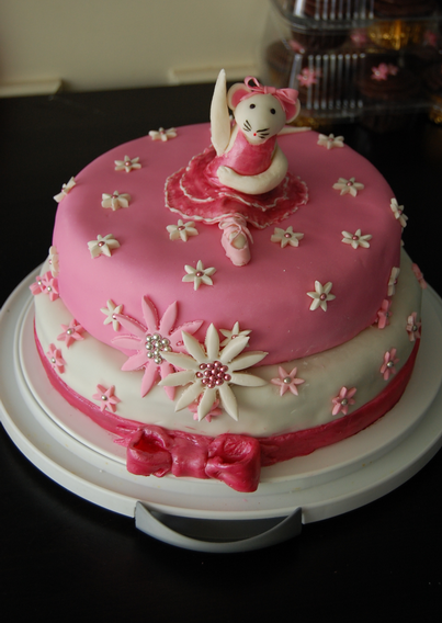Angelina Ballerina Cake Ideas