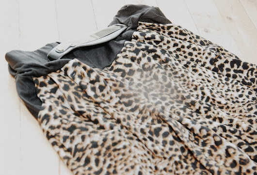 New in | Leopard pants