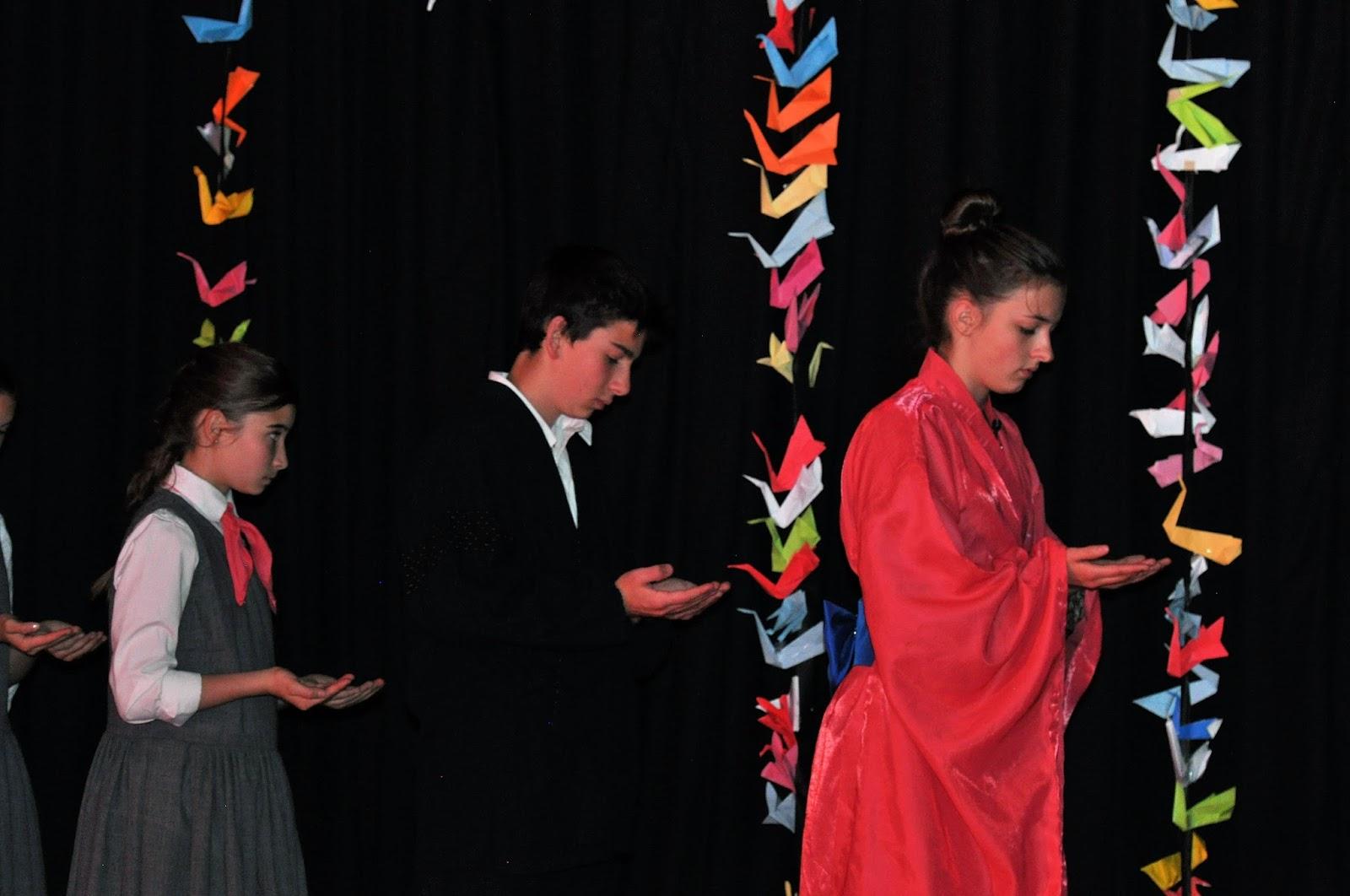 Four Little Monkeys Sadako And The Thousand Paper Cranes