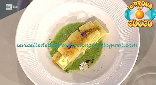 Paccheri con crema di cime di rapa polvere di cozze e bottarga di Lesina ricetta Mangano da Prova del Cuoco