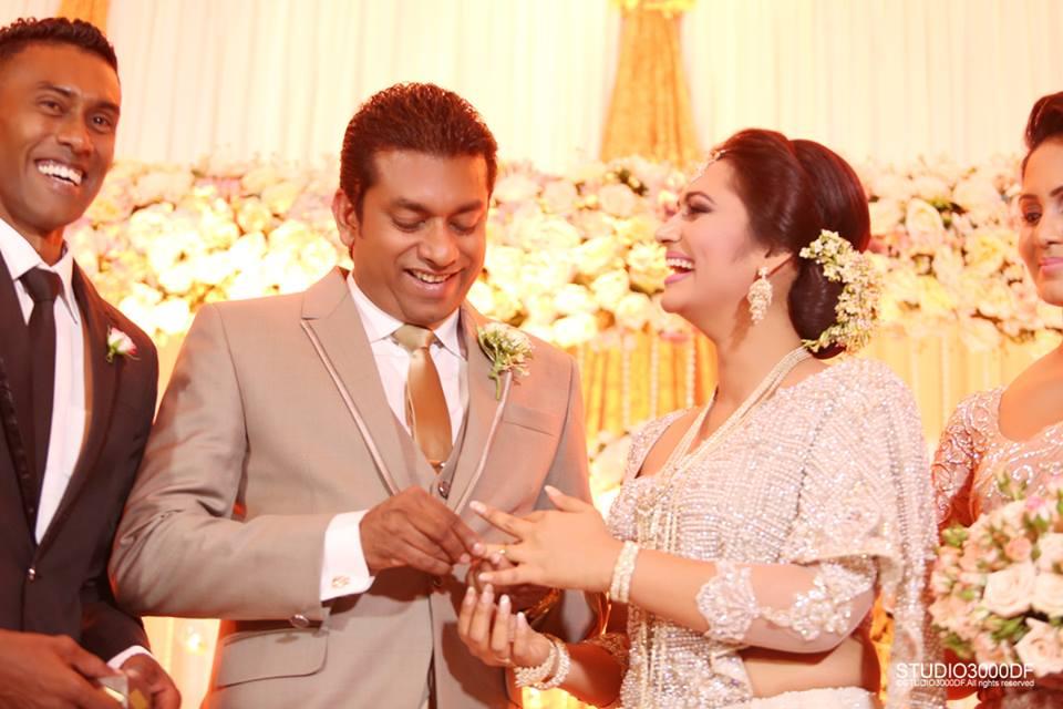 upeksha swarnamali and samantha wedding