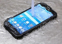 Cara Mengatasi Jika Smartphone Jatuh Kedalam Air