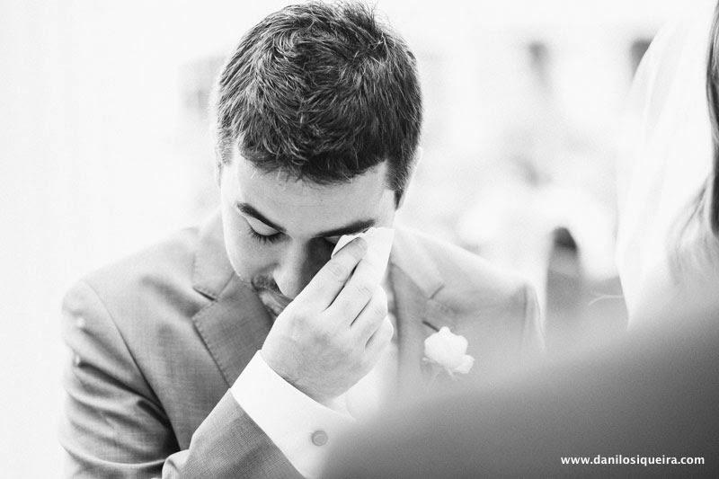 cerimonia - altar - noivo - noivo chorando - noivo emocionado