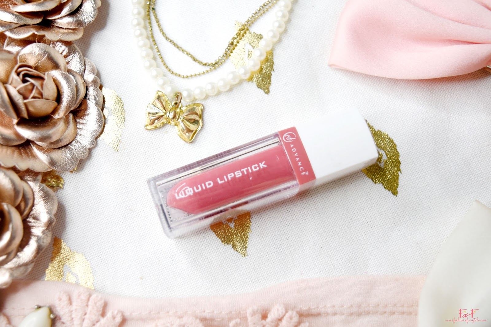 EB Advance Liquid Lipstick in Soft Lace | Review & Swatches