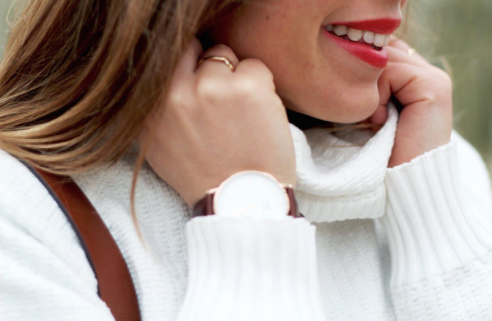 pull blanc col roulé