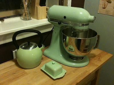 The Kitchenaid 5 Quart Artisan Stand Mixer All The