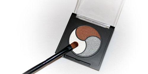 trio de sombras mas pincel by sabrina azzi coleccion makeup