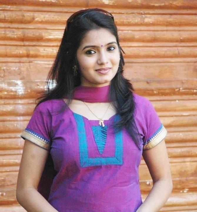 Srithika Hot Photos Tamil Serial Actress Stills