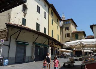 Pistoia, Piazza della Sala.