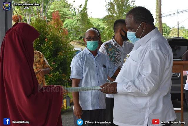 Johny Kamuru Ungkap 4 dari 51 Pasien Covid-19 Masih di Karantina di Sorong