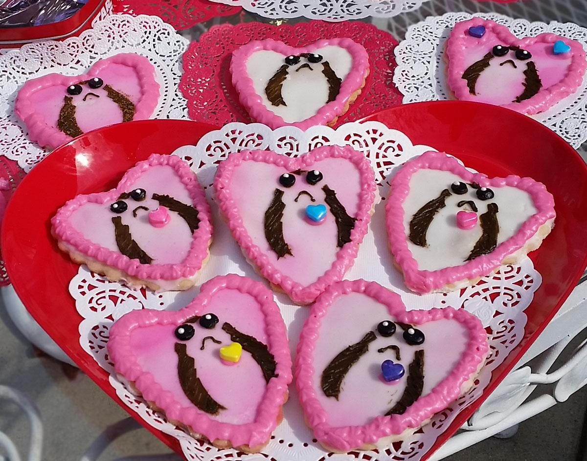 Porg Valentine Sugar Heart Cookies