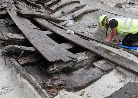 Aρχαιολόγοι ανακαλύπτουν αρχαίο ναυάγιο στη Δανία