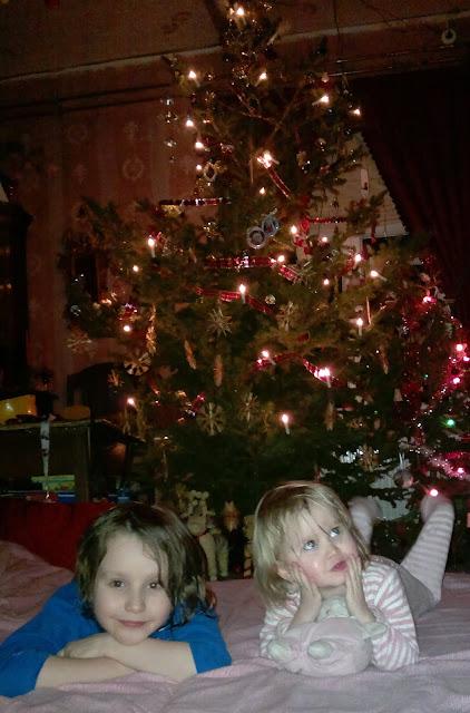 joulukuusi lapset joulu