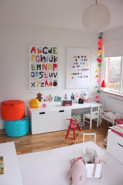 quarto de crian a cantinho de brincadeira e leitura. Black Bedroom Furniture Sets. Home Design Ideas