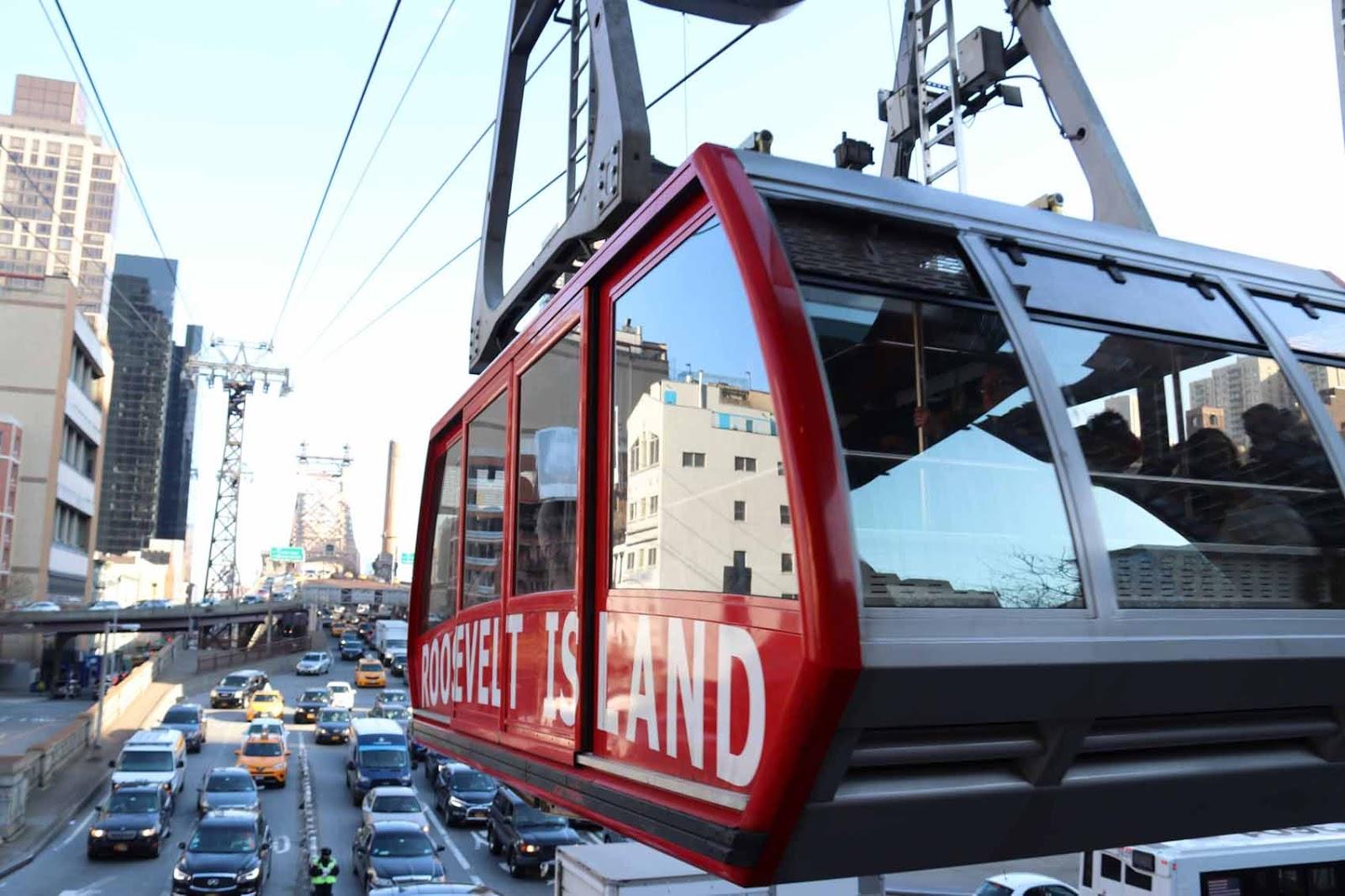 Riippuva raitiovaunu