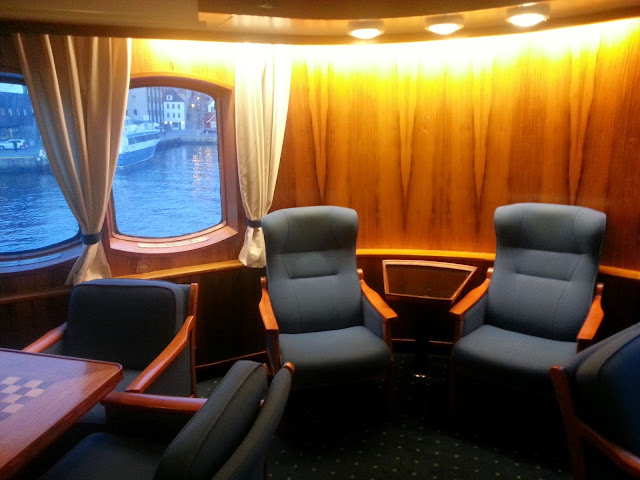 Hurtigruten MS Lofoten - Lounge