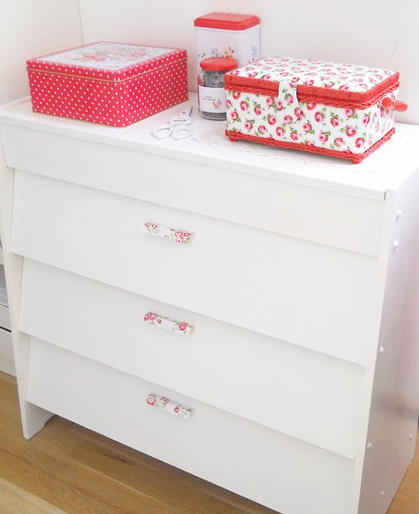 Painted Drawers with decoupage handles using cath kidston napkins