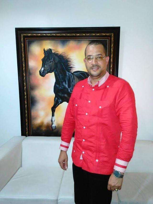 Aspirante a la Alcaldia Municipal Domingo Suzaña lanza grandes criticas a gestion de ex Alcalde Municipal Felipe Galva. Explica por que de sus aspiraciones.