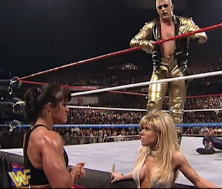 WWF / WWE - Wrestlemania 13 - Goldust attempts to rescue Marlena from Chyna