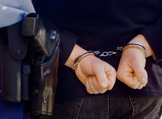 «Βίος και πολιτεία» 33χρονος φυγόποινος που συνελήφθη με καταδικαστικές αποφάσεις του εισαγγελέα Ναυπλίου