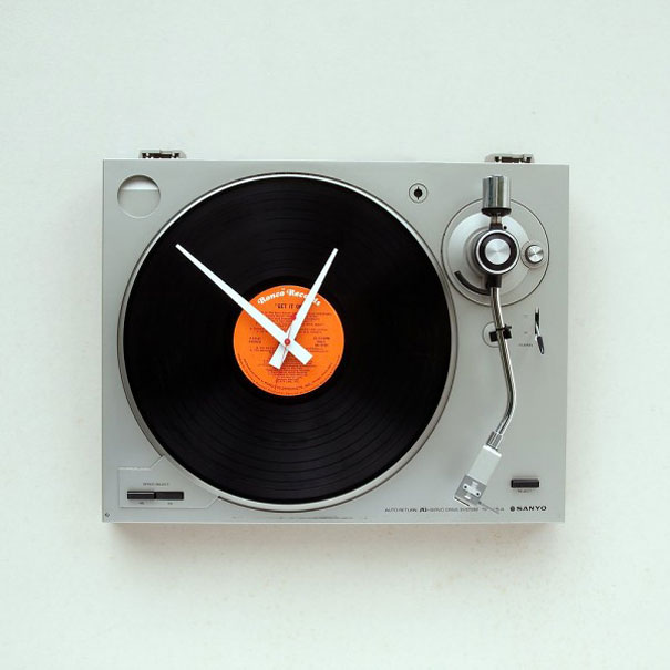 turntable clock-1