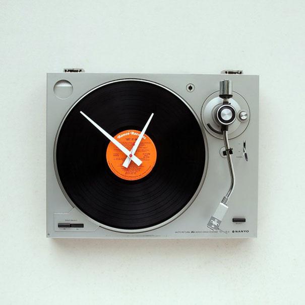 turntable clock-1