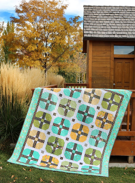 Sincerely quilt pattern by A Bright Corner - fat quarter friendly pattern