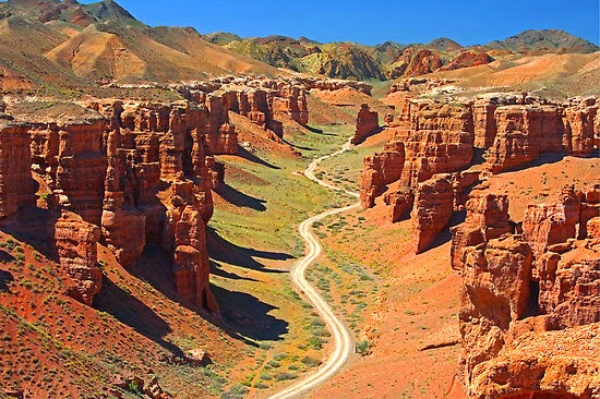 Cazaquistão canyons