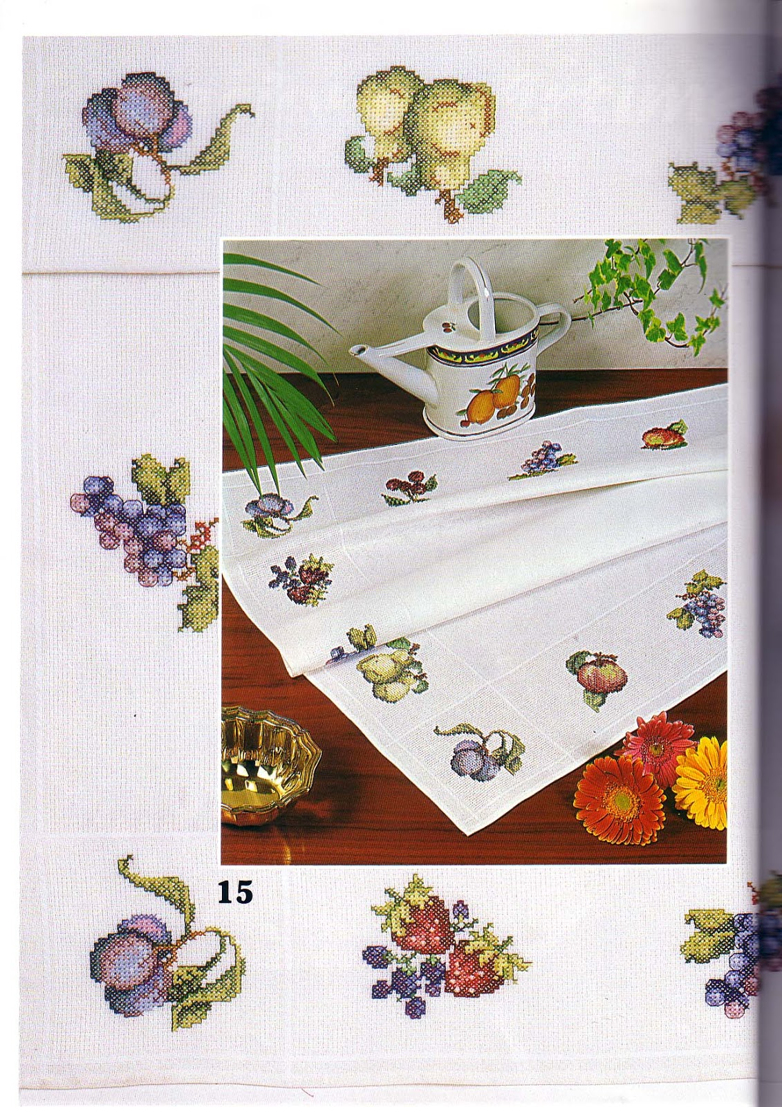 схема вышивки крестом на салфетку уголком